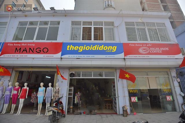 Việc quy định màu xanh và đỏ cho biển hiệu sẽ khiến các thương hiệu nổi tiếng phải... khóc ròng.