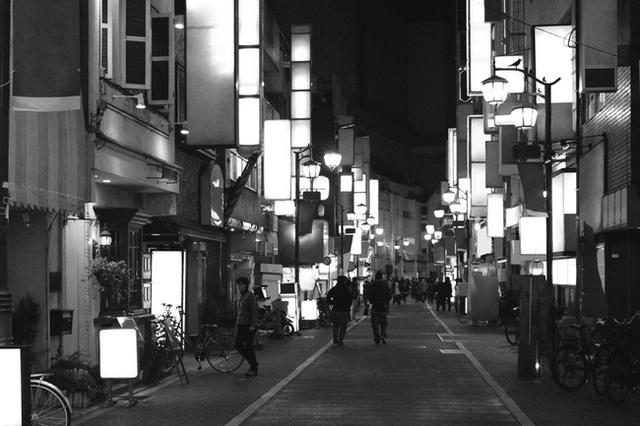 Thử tưởng tượng các khu phố tại Nhật Bản nếu thiếu những biển quảng cáo đầy phong cách và màu sắc sẽ như thế nào?