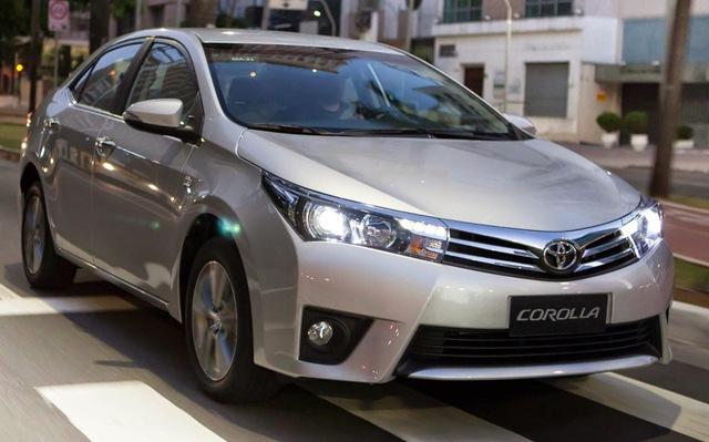 Chiếc Toyota Corolla Altis thế hệ hiện hành.