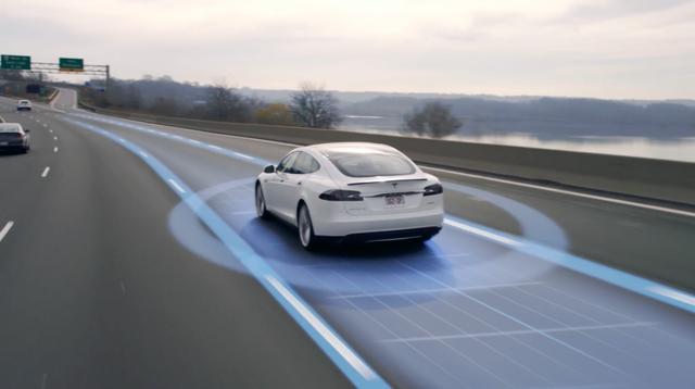 Những nhà phát triển ứng dụng cố định làm việc với phần mềm có độ tin cậy, bảo mật và kỳ vọng cao có thể kết nối trực tiếp với các thiết bị như máy bỏ phiếu, ống nghe thông minh và thậm chí cả như xe Tesla. Công việc này có mức lương lên tới 110.889 USD – khoảng 2,47 tỷ đồng