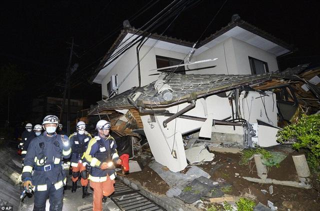 Rất nhiều căn nhà đã bị sụp đổ.