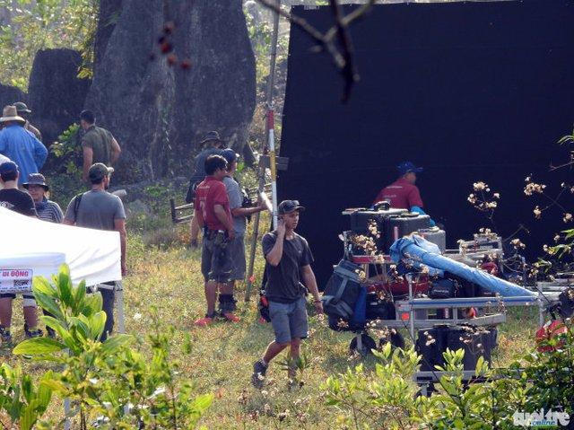 Nhiều cảnh quay sử dụng phông đen để có thể dựng kỹ xảo trong phần làm hậu kỳ sau này.