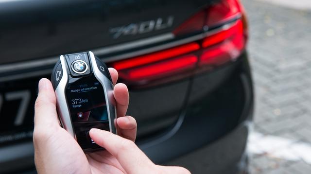 Công nghệ đỗ xe tự động, một phần của những chiếc xe tự lái, không còn quá mới lạ.