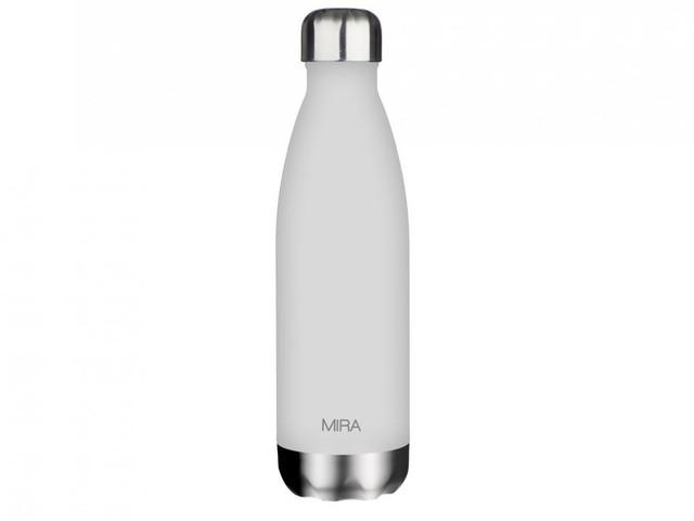 Nước phải liên tục được đưa vào trong cơ thể, bạn nên giữ bên mình những chiếc chai với hình dáng, màu sắc ưa thích để việc uống nước cũng trở thành thói quen và thú vui nho nhỏ.