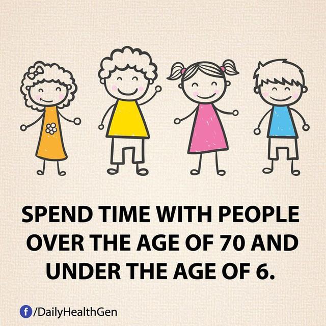 #7 Dành nhiều thời gian cho những người lớn tuổi và trẻ nhỏ