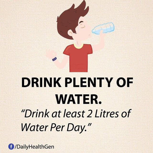 #13 Uống nhiều nước lọc và giảm nước ngọt