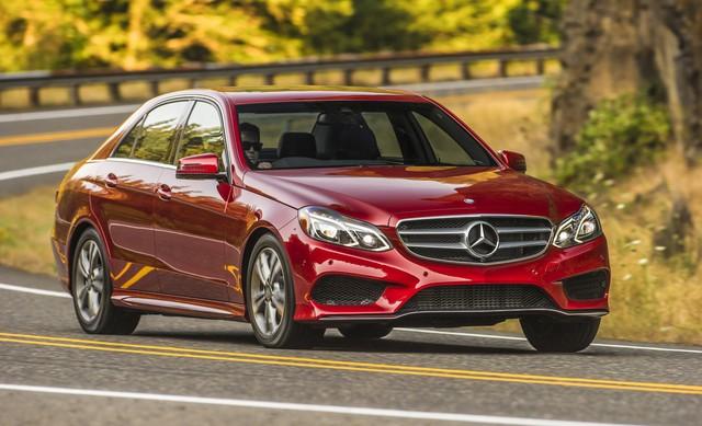 Nếu coi Mercedes-Benz E Class là đối thủ thì Tesla Model S đang ngang tài ngang sức với chiếc xe Đức tại thị trường Mỹ. Tuy nhiên, E Class có mức giá thấp hơn Model S rất nhiều.