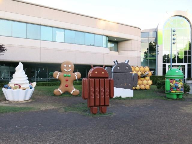Người phát triển hệ điều hành cho điện thoại như Android của Google có thể kiếm được nhiều hơn – khoảng 104.648 USD một năm tương đương 2,33 tỷ đồng.