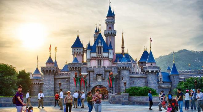 Disneyland của Hongkong. Ảnh: Klook.