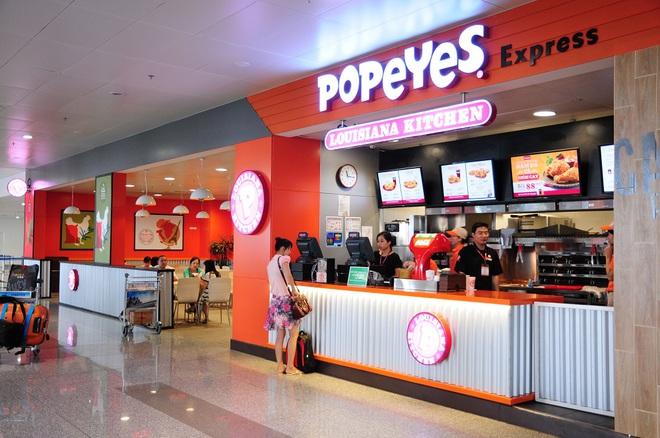 Đồ ăn nhanh Popeyes tại sân bay