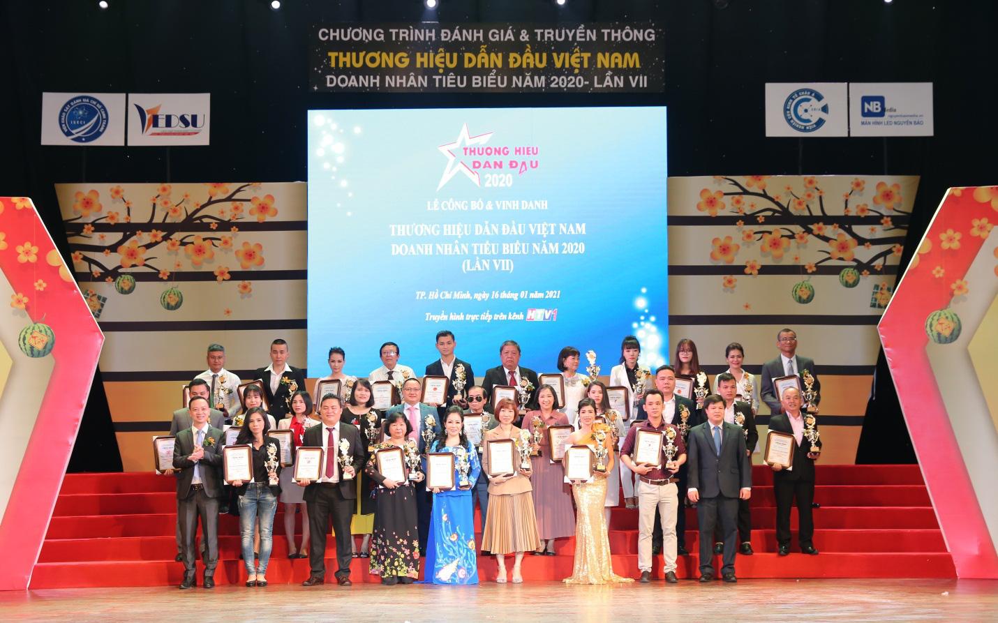 ELLY được vinh danh trong Top 100 thương hiệu dẫn đầu Việt Nam 2020