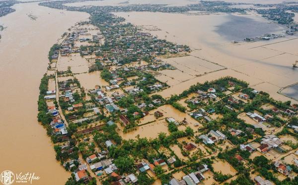 Lãnh đạo Huế 'kêu trời' vì nhiều người dân thiếu ý thức trong thiên tai: Không chủ động phòng chống theo khuyến cáo, đi 'nhậu' đến 2 giờ sáng mắc lụt gọi điện kêu cứu