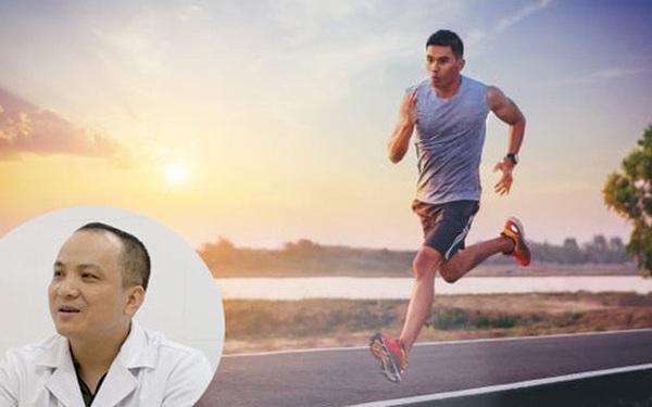 Chạy bộ rất tốt cho sức khỏe ở mọi lứa tuổi nhưng bác sĩ chuyên khoa nhấn mạnh 1 điều bất kỳ ai cũng phải chú ý khi tập môn thể thao này