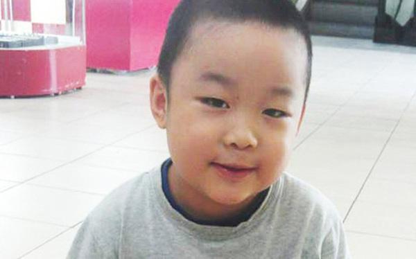 """Cậu bé thần đồng """"triệu người có 1"""" ở Bắc Ninh ngày ấy: Từng bị bạn học bắt nạt, vướng phải tranh cãi nhưng nhanh chóng được bênh vực"""