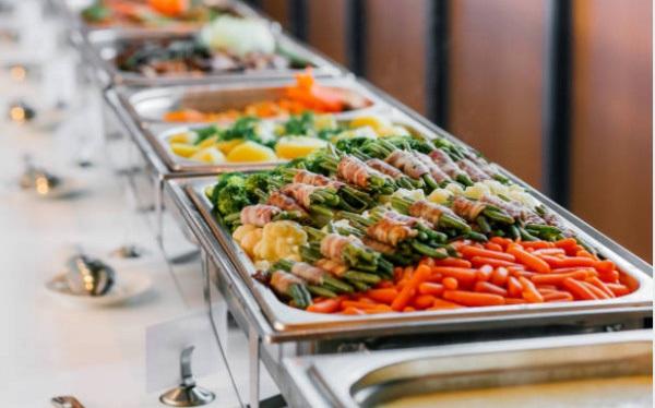 5 thủ thuật giúp nhà hàng buffet thu lãi dù khách ăn rất nhiều