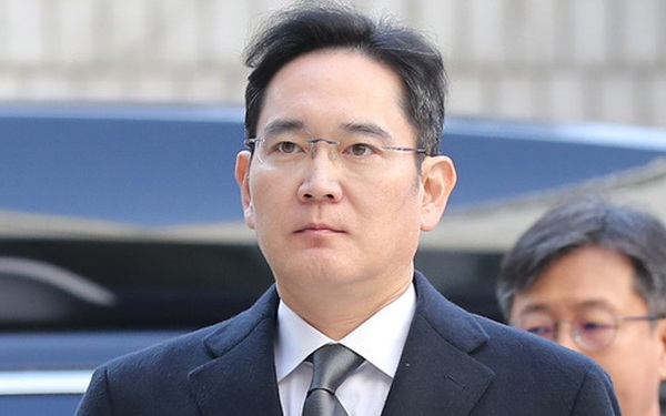 """Vì sao """"thái tử Samsung"""" phải nộp tới 9 tỷ USD tiền thuế?"""