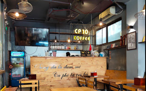 Kinh doanh không khả quan, Công Phượng đã rút vốn khỏi quán CP10 Coffee tại Hà Nội?