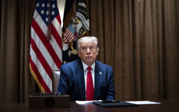 """Tổng thống Trump """"xuống nước"""", tuyên bố ủng hộ chuyển giao quyền lực"""