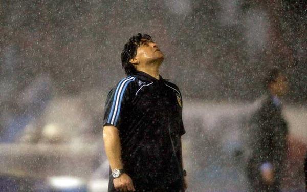 Diego Maradona - Thiên thần, Ác quỷ trong cùng nét vẽ