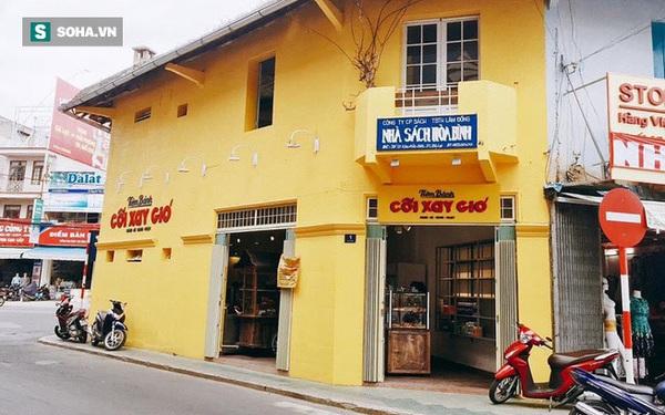 """Tiết lộ bất ngờ của hàng bánh Cối Xay Gió ở Đà Lạt khi bức tường vàng sẽ """"biến mất"""""""