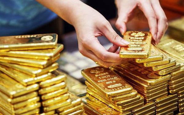Ngày tồi tệ của vàng: Sau hai phiên giảm sâu, giá vàng tuột mốc 53 triệu đồng/lượng