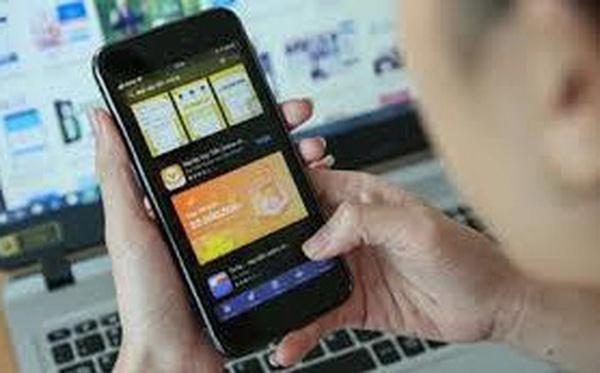 Vay 1 triệu trả hơn 20 triệu chưa xong nợ, quái chiêu 'hút máu' của các app cho vay tiền 'cắt cổ' người vay