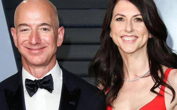 """Vượt mặt """"kẻ thứ 3"""", vợ cũ tỷ phú Amazon lại làm nên lịch sử nhờ vào sự lựa chọn khôn ngoan sau khi ly hôn"""