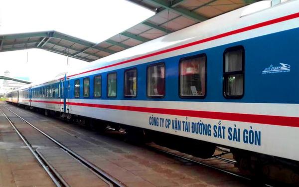 Đường sắt tung hàng nghìn vé giảm 50%, chiều HN-TP.HCM chỉ từ 450k