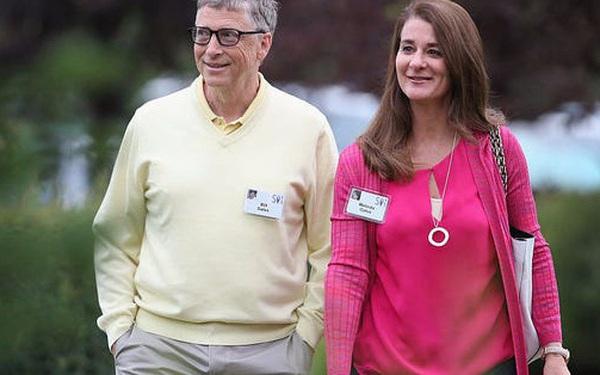 Ở tuổi 65, tỷ phú Bill Gates đo lường cuộc sống viên mãn bằng 3 câu hỏi đơn giản này: Người trẻ tự hoàn thiện càng sớm, về già sẽ không hối hận