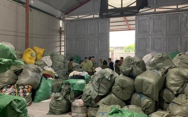 """Hàng tấn quần áo """"sida"""" nhập lậu bị chặn đứng tại Quảng Ninh"""