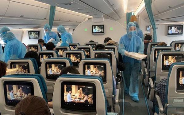 Đề nghị xử lý 3 tiếp viên hàng không làm trái quy định cách ly