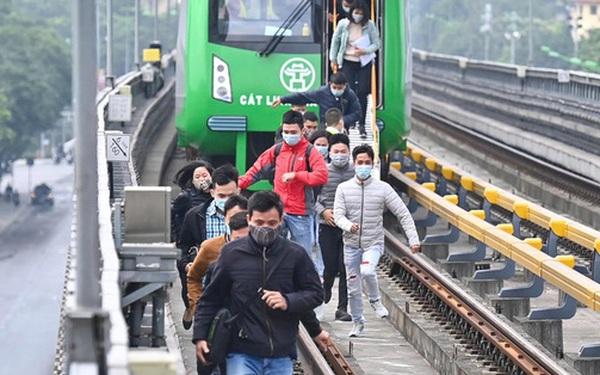 Ảnh: Diễn tập giả định cháy trên tàu và nhà ga tại dự án Cát Linh - Hà Đông