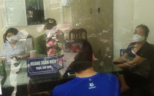 Không đeo khẩu trang khi đi tập thể dục buổi sáng, 4 người ở Hà Nội bị công an mời về trụ sở