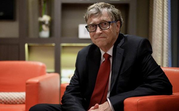 """Bill Gates tiếp tục trở thành nạn nhân của """"thuyết âm mưu"""" trên Facebook và YouTube"""