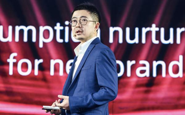 Chủ tịch Taobao nổi lên vì scandal ngoại tình từng là học sinh xuất chúng về lập trình nhưng bị Google làm cho bẽ mặt vì điểm học tập