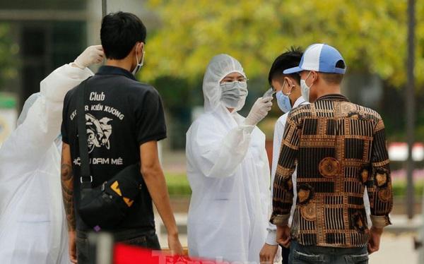 Một ca mắc COVID-19 ở Việt Nam trở nặng, 3 lần ngừng tuần hoàn