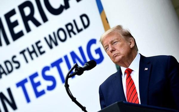 Mỹ: Số ca tử vong do COVID-19 vượt mốc 80.000; TT Trump tuyên bố Mỹ