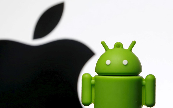 Chưa bao giờ chiến lược của Apple lại giống với nhà Android như lúc này đây