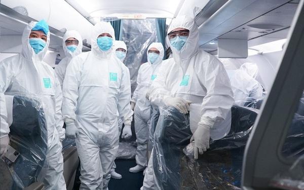 Đằng sau những chuyến bay cứu trợ đồng bào: 2 nhân viên Vietnam Airlines dương tính với Covid-19, nhưng 100% lao động hàng không vẫn sẵn sàng lao vào vùng dịch đón bà con về nước