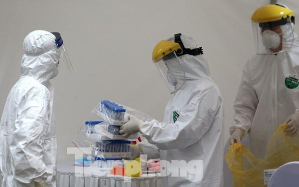 Không ca mắc mới sáng 3/5, Việt Nam thử nghiệm tiêm vắc-xin phòng COVID-19 trên chuột