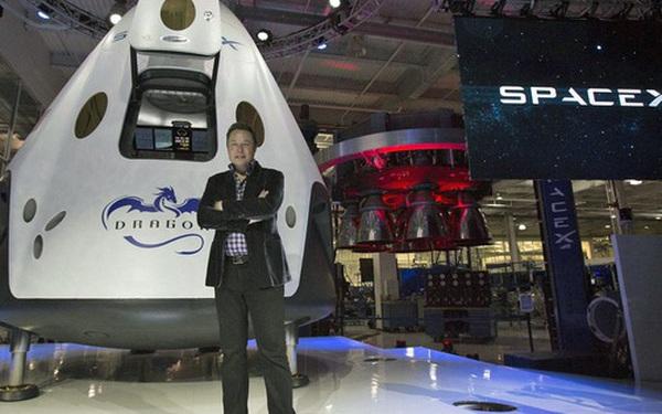 Elon Musk lập kỳ tích công ty tư nhân đầu tiên phóng tàu vũ trụ chở người lên ISS