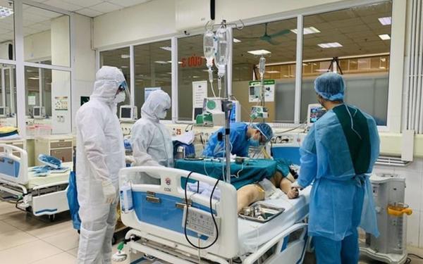 Sức khỏe bệnh nhân 91 phi công người Anh diễn biến phức tạp, đe dọa tính mạng