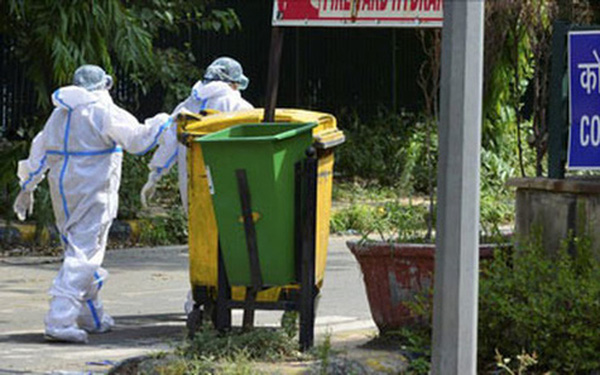 Khủng hoảng rác thải y tế thời dịch Covid-19