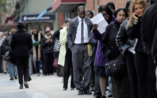 CNBC: Gần 50% người lớn tại Mỹ thất nghiệp sau dịch Covid-19