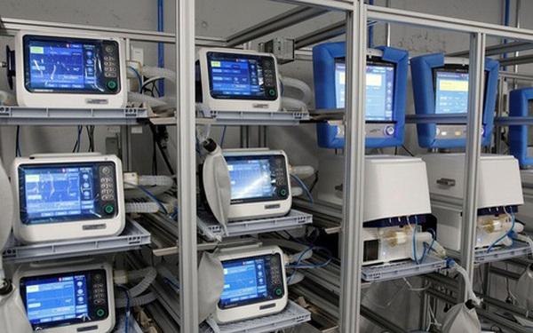 Choáng váng giá trúng thầu cung cấp máy thở vào các bệnh viện