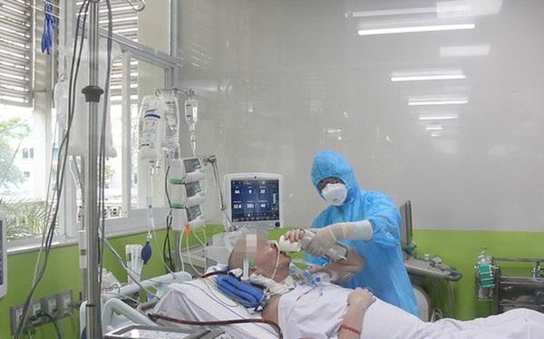 Thứ trưởng Bộ Y tế: Khả năng phục hồi của bệnh nhân phi công người Anh là 50%