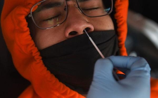 """Mỹ lại ghi nhận kỷ lục đáng sợ với 48.000 ca nhiễm mới Covid-19 chỉ trong 1 ngày: """"Lên đến 100.000 ca cũng không gây ngạc nhiên"""""""