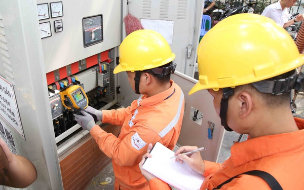 675 khách hàng của EVN bị ghi tăng tiền điện, 6 công tơ không đạt yêu cầu kỹ thuật