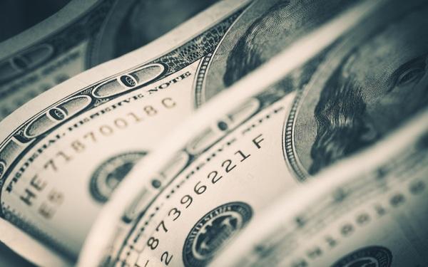 CNN: Đại dịch Covid-19 đang khiến đồng USD thất sủng?