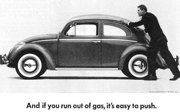 10 biển quảng cáo ô tô 'trường sinh bất tử' với thời gian